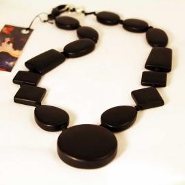 black-onyx-largeclasp-necklace