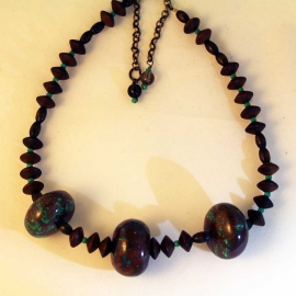 brown-wood-turquoise-necklace