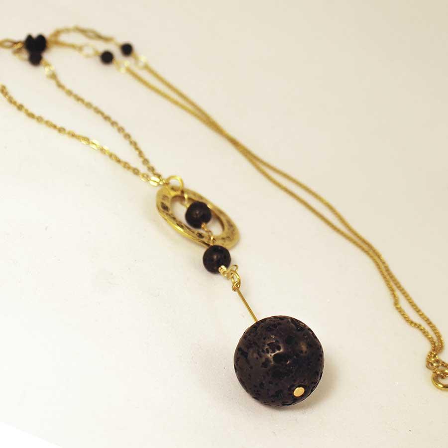 1_lava-eseential-oil-necklace
